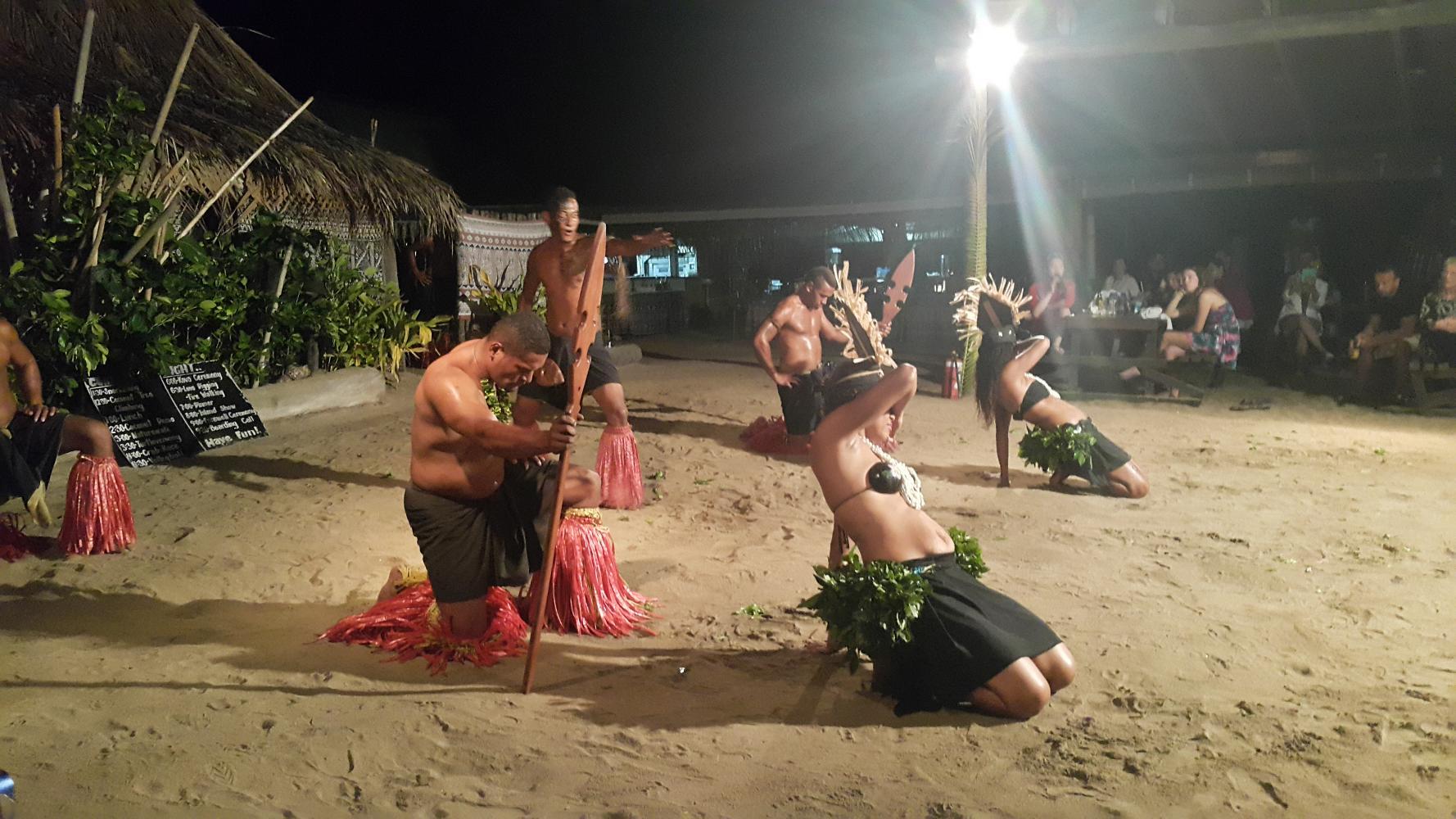 Robinson Crusoe Island Fijian Dance Show & Lovo Dinner tour in Fiji
